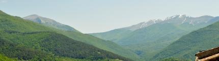 A sx il Monte Cotento 2015 metri e a dx il Monte Viglio 2156 metri