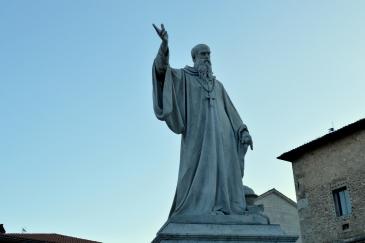 Statua San Benedetto