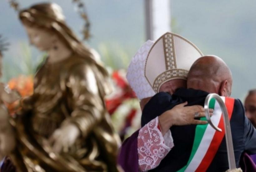 Amatrice, funerali solenni delle vittime del terremoto - Photogallery - Rai News_20160831153121